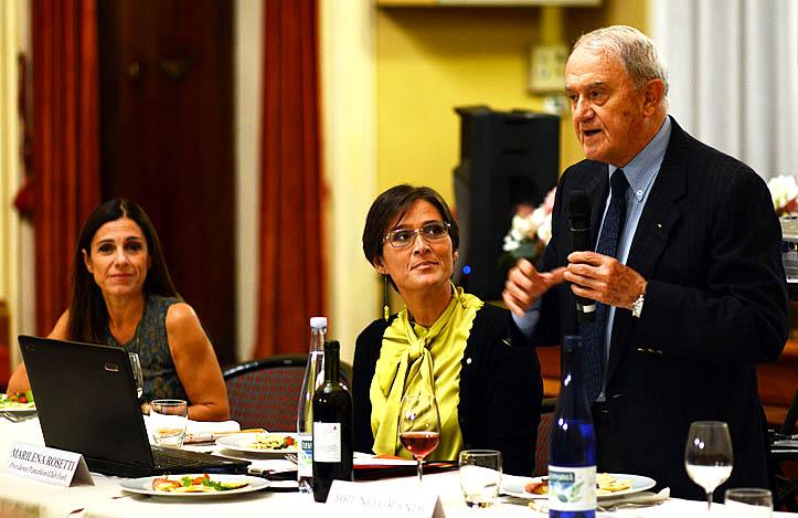 Il Prof. Bruno Grandi presenta Emanuela Maccarani